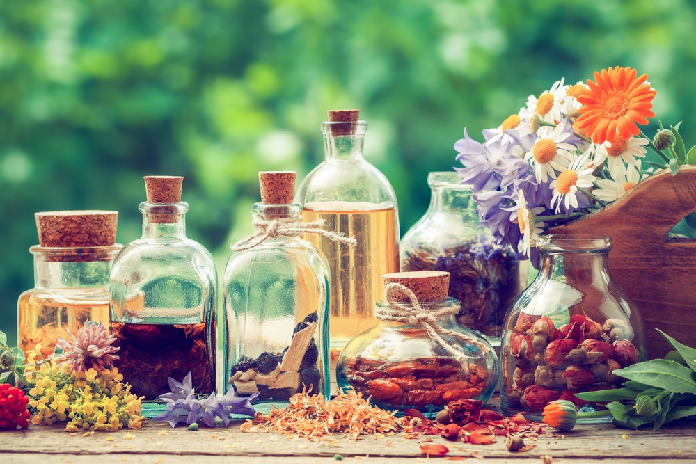 8 Must Have Essential Oils For Home Use