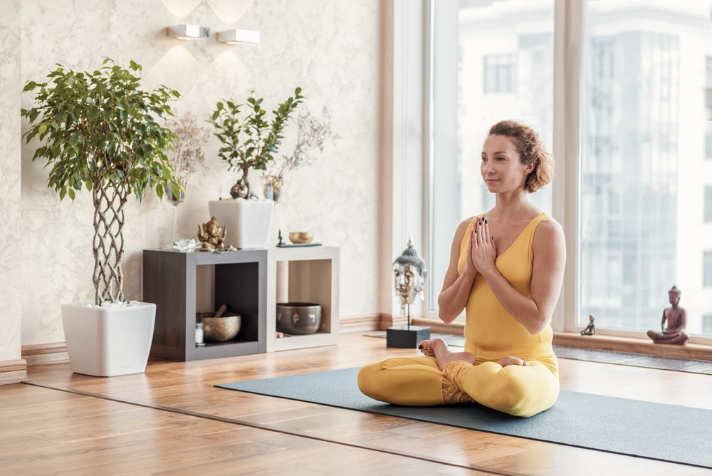 HOW TO CREATE MEDITATION ROOM AT HOME